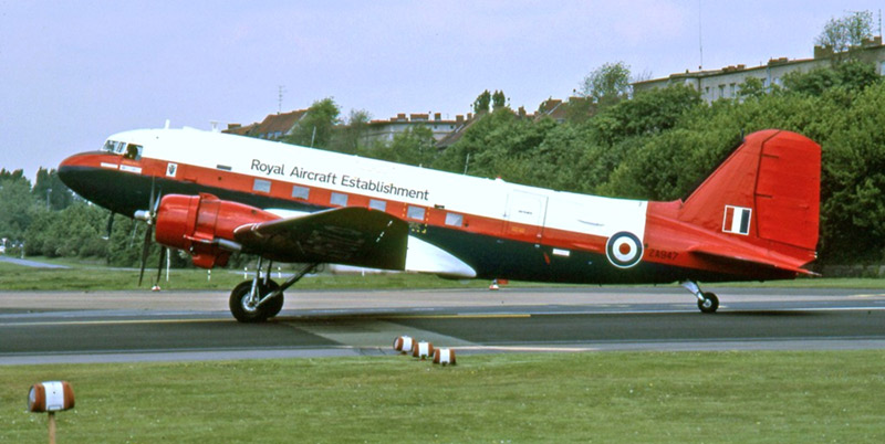 Dakota ZA947 in 'raspberry ripple' colours in 1989.